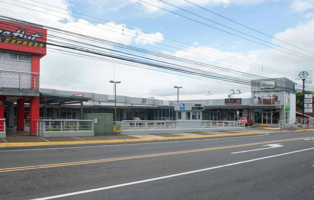 Centro Comercial ALTAMIRA Local 3